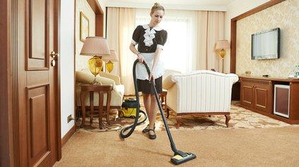 La governante d'albergo
